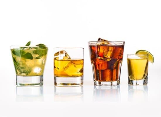 Coole Getränke für heiße Tage - Margarita, Gin Fizz, Limonade und Co.