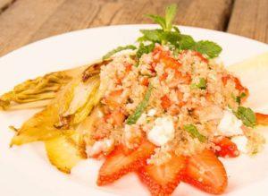 Erdbeer Quinoa Salat