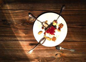 Glutunfreies Dessert – Haferkeks Törtchen mit Zitronen Mascarpone und Granatapfel