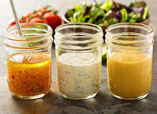 Salatsaucen und Vinaigrettes
