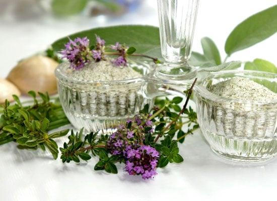 Kräutersalz selber machen - die besten Rezeptideen