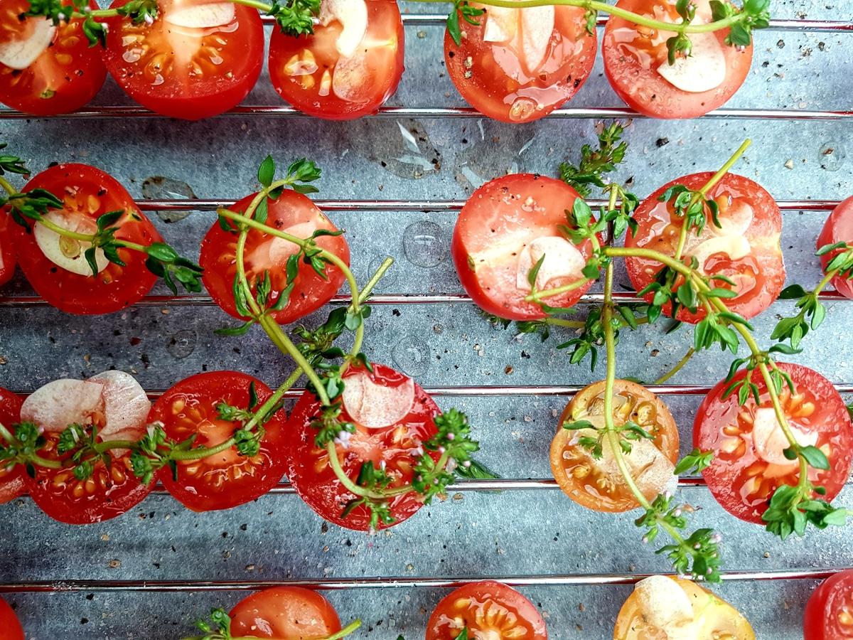 Tomaten mit Knoblauch