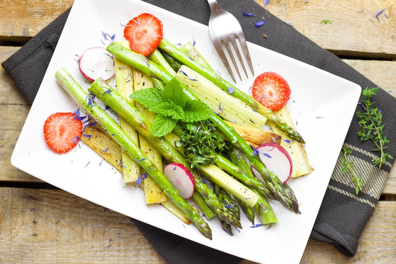 gebratener Spargel Salat